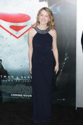 Laura Wiggins – 'Batman V Superman: Dawn Of Justice' Premiere in NYC 3/20/2016