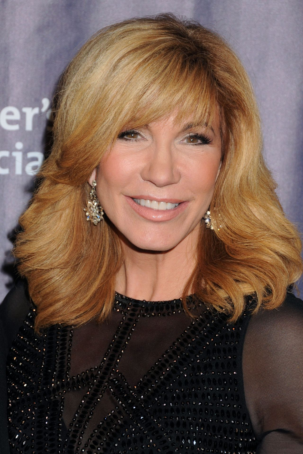 how tall is leeza gibbons