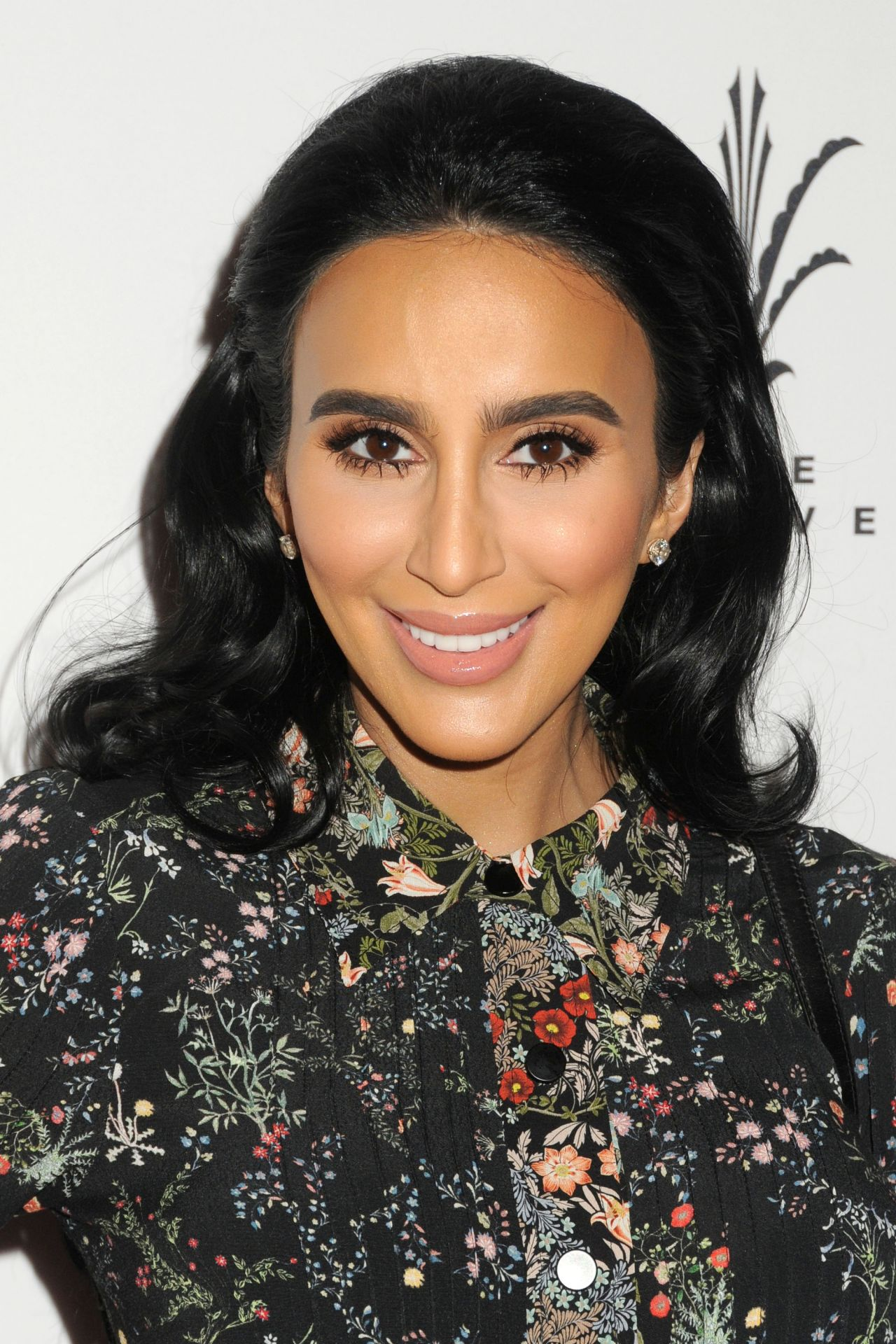 Lilly Ghalichi Simply Stylist La Conference In Los