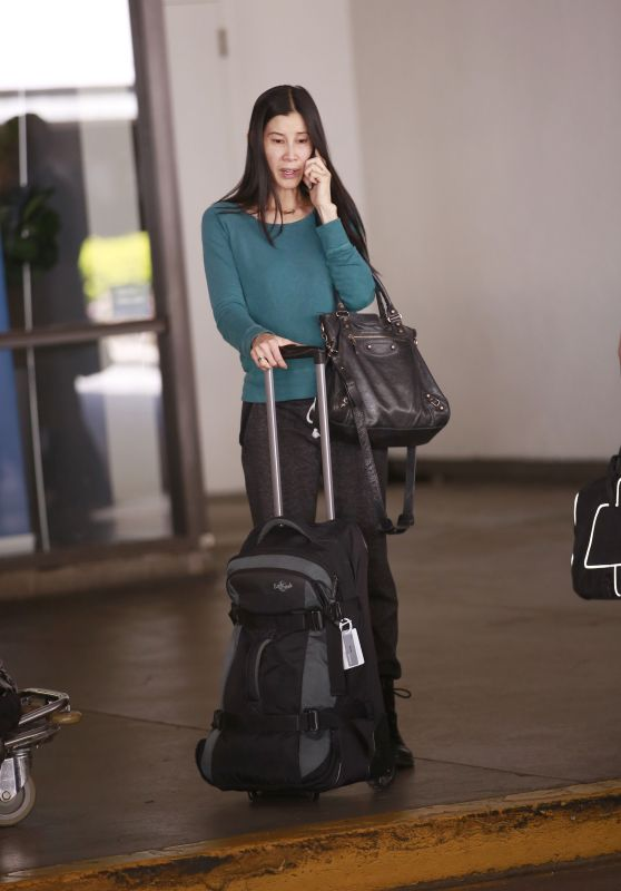 Lisa Ling at LAX Airport in Los Angeles, March 2016