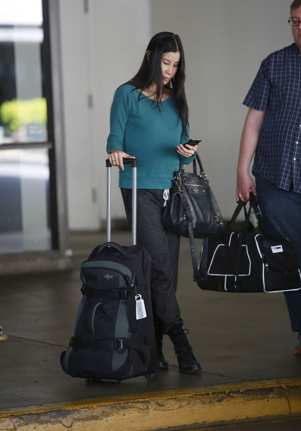 Lisa Ling At Lax Airport In Los Angeles March 2016