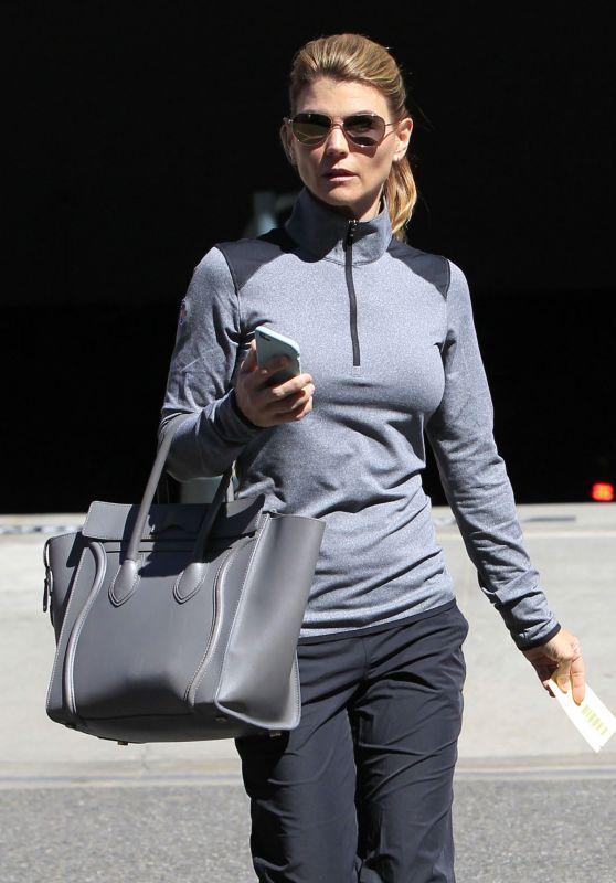 Lori Loughlin - Shopping in Beverly Hills, CA 3/8/2016