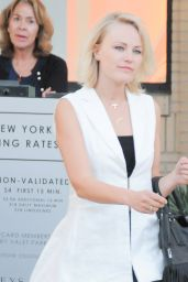 Malin Akerman - Shopping at Barneys Newyork in Beverly Hills 3/18/2016