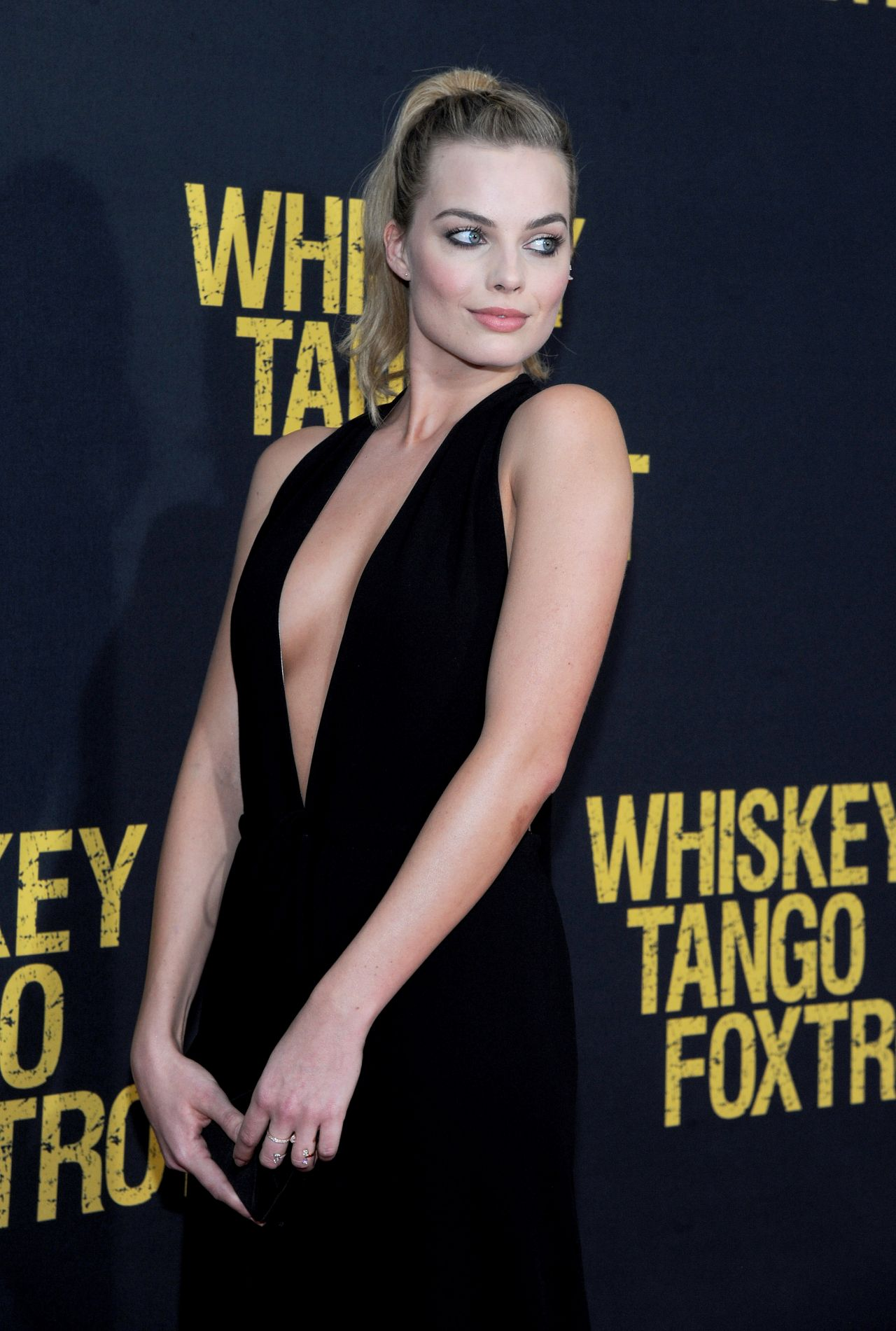 Margot Robbie - 'Whiskey Tango Foxtrot' Premiere in New ...