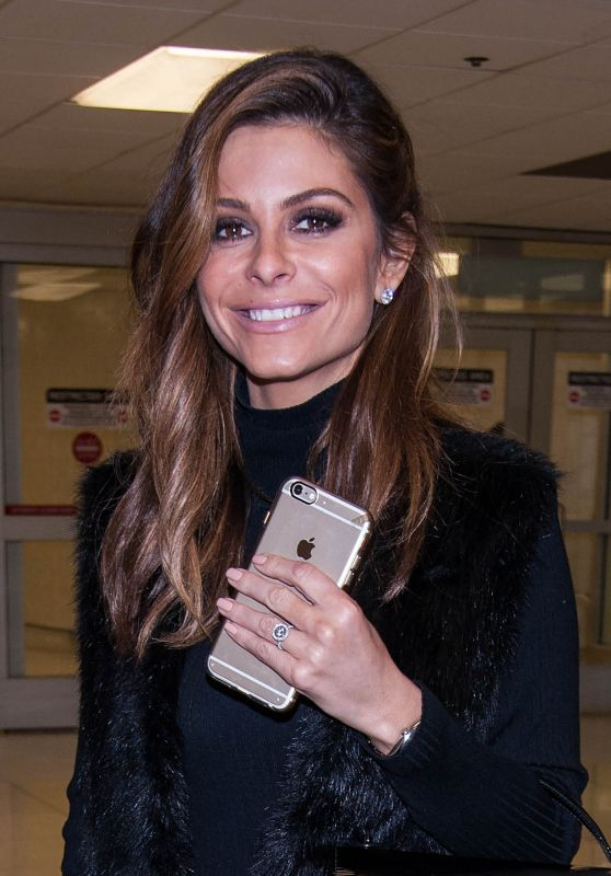 Maria Menounos Airport Style - LAX in Los Angeles 3/13/2016