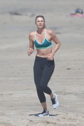 Maria Sharapova on the Beach in Santa Monica 3/9/2016