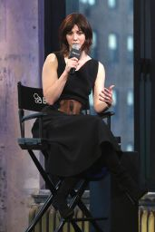 Mary Elizabeth Winstead - AOL Discussing