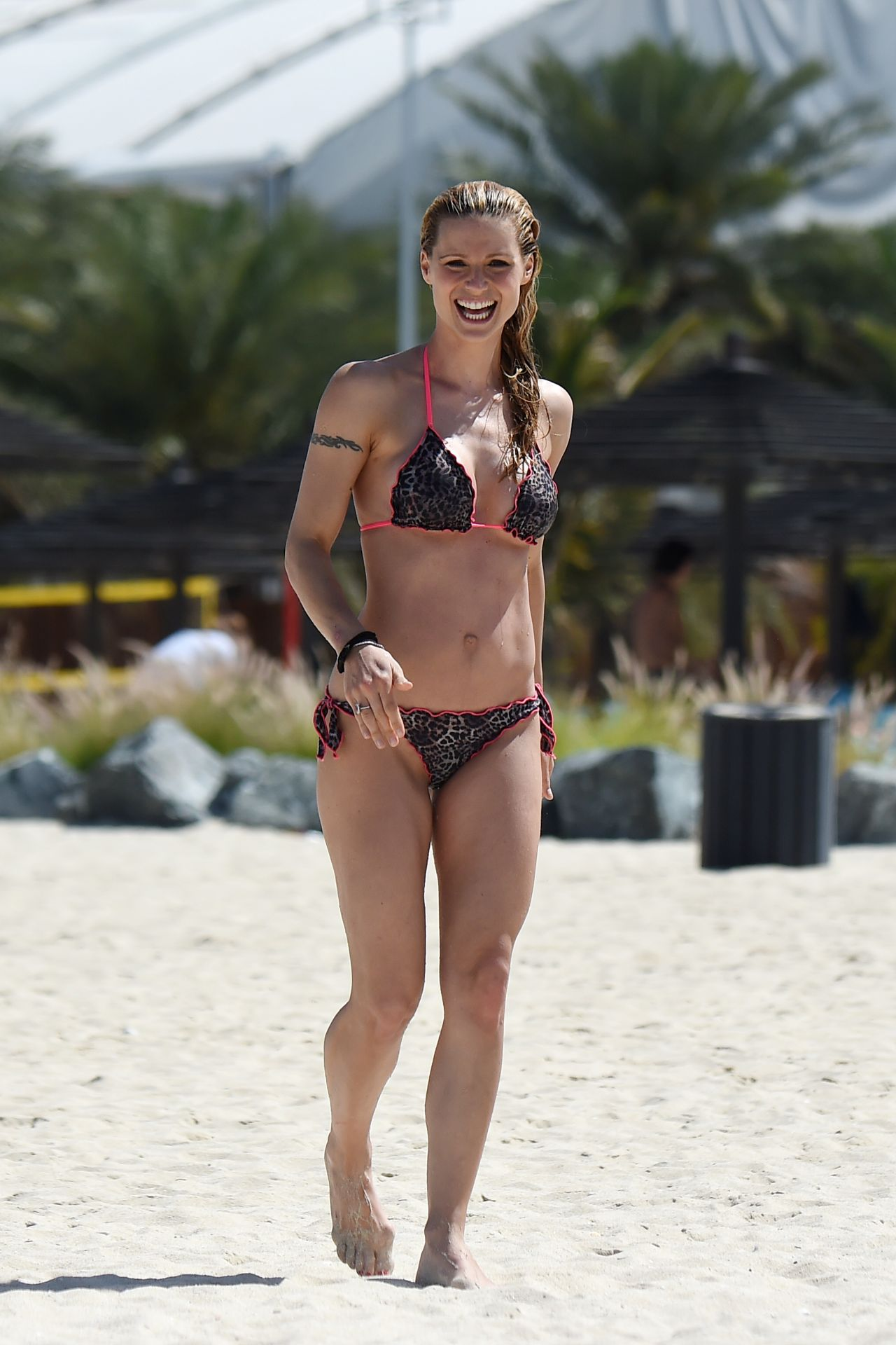 Michelle Hunziker In Bikini Beach In Dubai 3 27 2016
