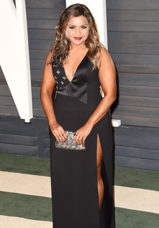 Mindy Kaling – 2016 Vanity Fair Oscar Party in Beverly Hills, CA