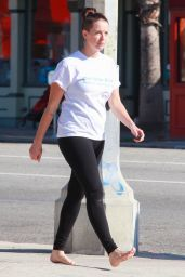 Mindy Mann - Goes For a Barefoot Stroll in Studio City 3/12/2016