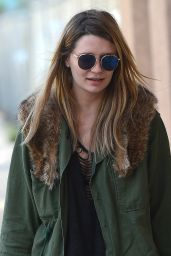 Mischa Barton Street Style - Out in Los Angeles, CA 3/11/2016