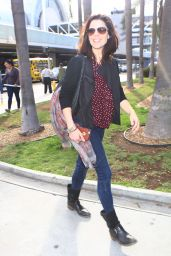 Neve Campbell Is Fresh-Faced and Stunning in a Casual Ensemble - Arrives in Los Angeles 3/7/2016