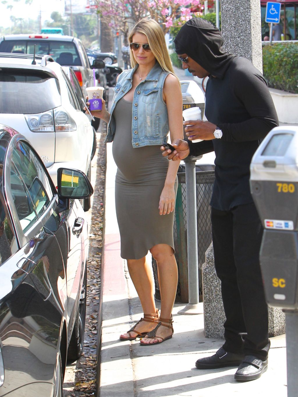 Paige Butcher Shows Off Baby Bump Out In Los Angeles 3 2