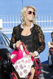 Paige VanZant - Arrives at the DWTS Rehearsal Studio in Hollywood 3/22/2016