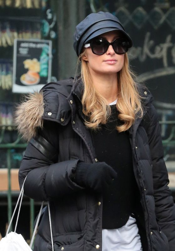 Paris Hilton - Shopping at the Apple Store With a Friend in NYC, March 2016