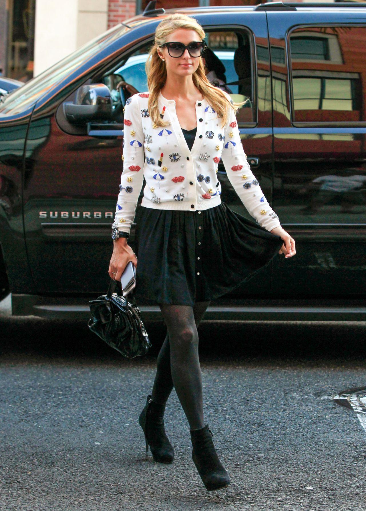 Paris Hilton Street Fashion Stops By Anastasia Salon In