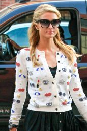 Paris Hilton Street Fashion - Stops by Anastasia Salon in Beverly Hills 3/15/2016