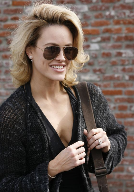 Peta Murgatroyd is Seen at the DWTS Studio in Hollywood 3/9/2016