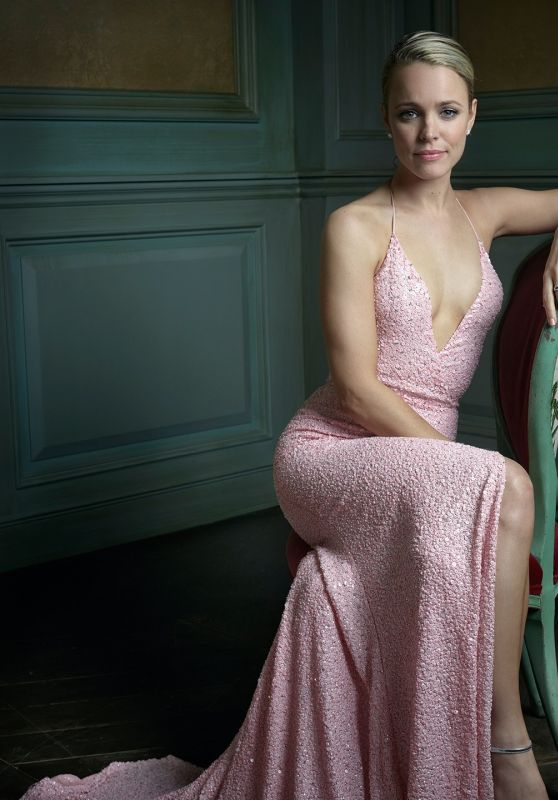 Rachel McAdams - 2016 Vanity Fair Oscar Party Portrait