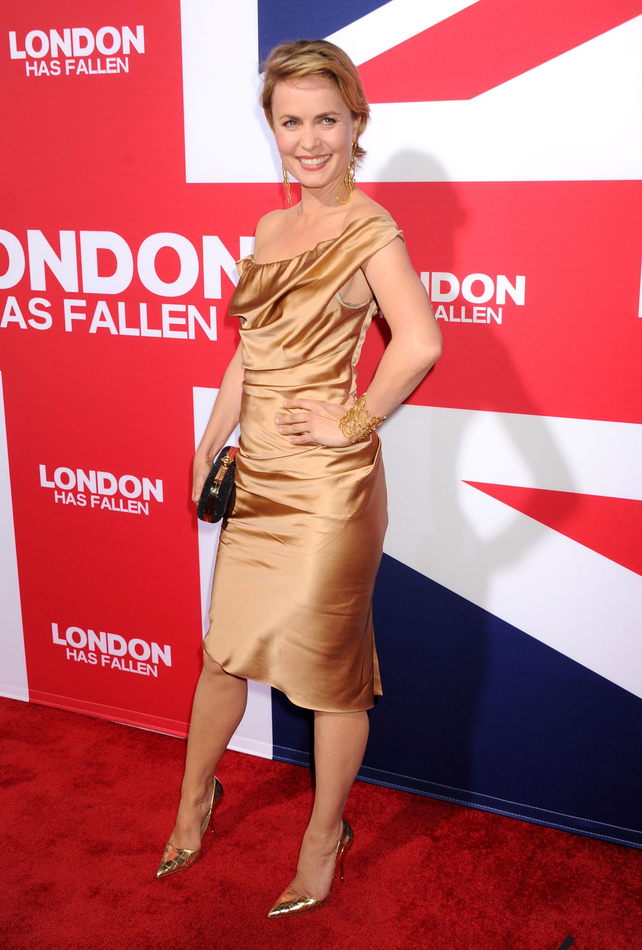 radha mitchell london has fallen premiere in hollywood