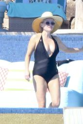 Reese Witherspoon in a Swimsuit - Cabo San Lucas, Mexico 3/02/2016