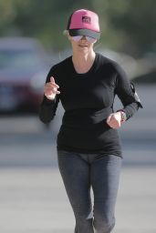 Reese Witherspoon - Jogging in Los Angeles 3/30/2016