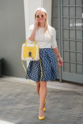 Reese Witherspoon - Out in Los Angeles 3/25/2016