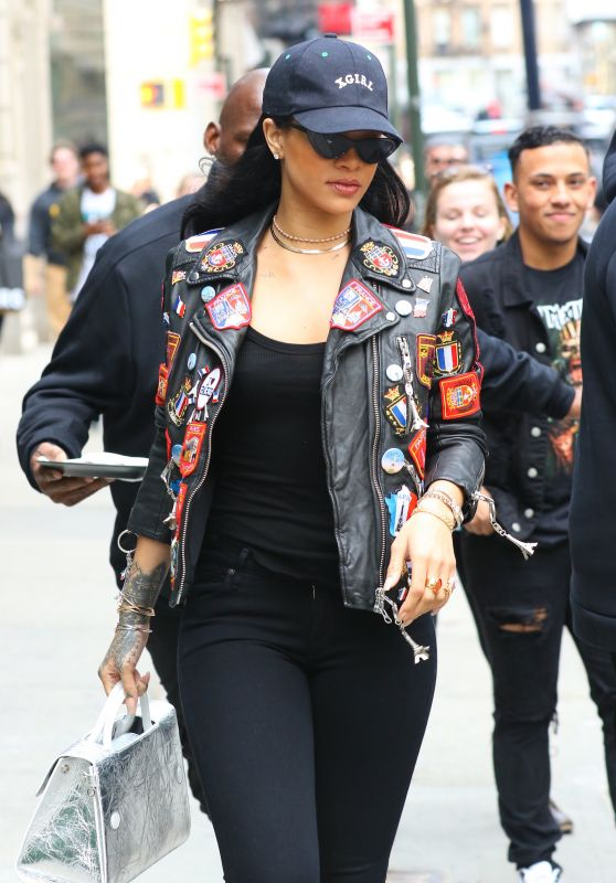 Rihanna - Out in NYC 3/26/2016