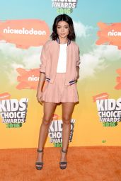 Sarah Hyland – 2016 Kids' Choice Awards in Inglewood, CA