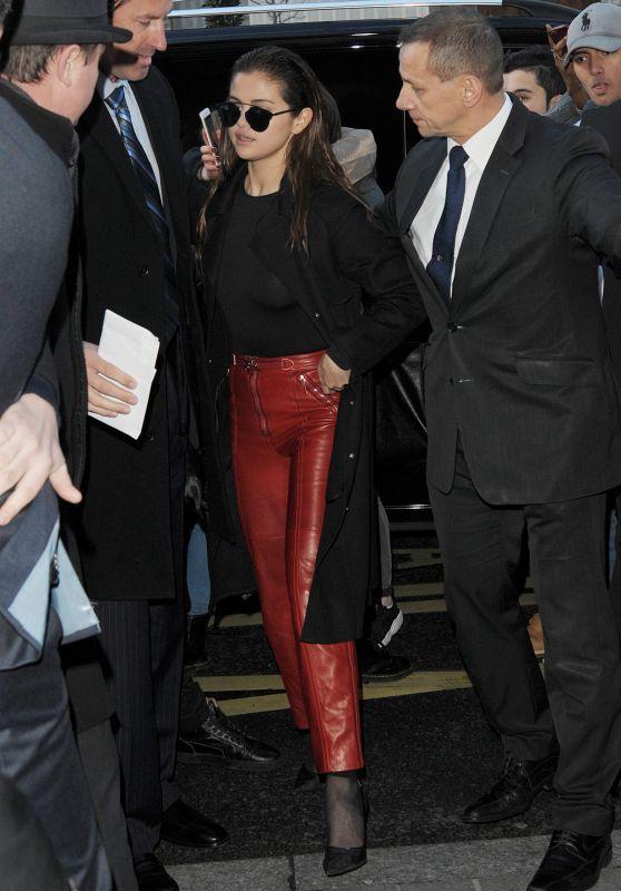 Selena Gomez at Her Hotel in Paris 3/9/2016