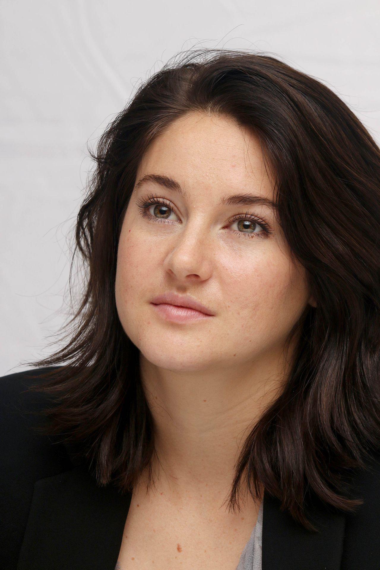 Shailene Woodley The Divergent Series Allegiant Press