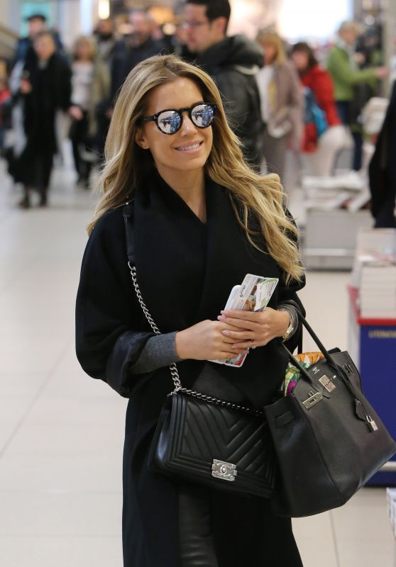 Sylvie Meis - Checking in at Köln/Bonn Airport 3/12/2016