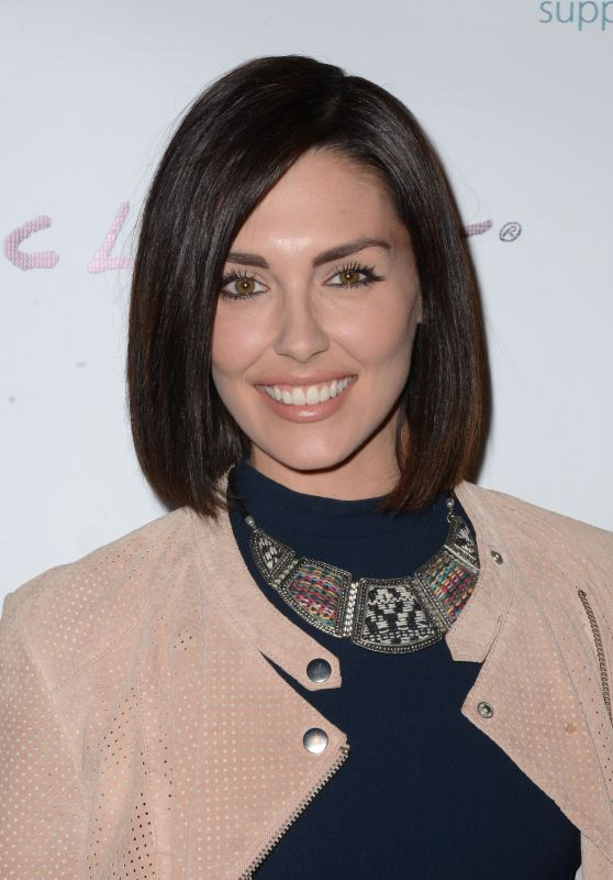Taylor Cole – 'Kelly's Hollywood' Premiere in Los Angeles