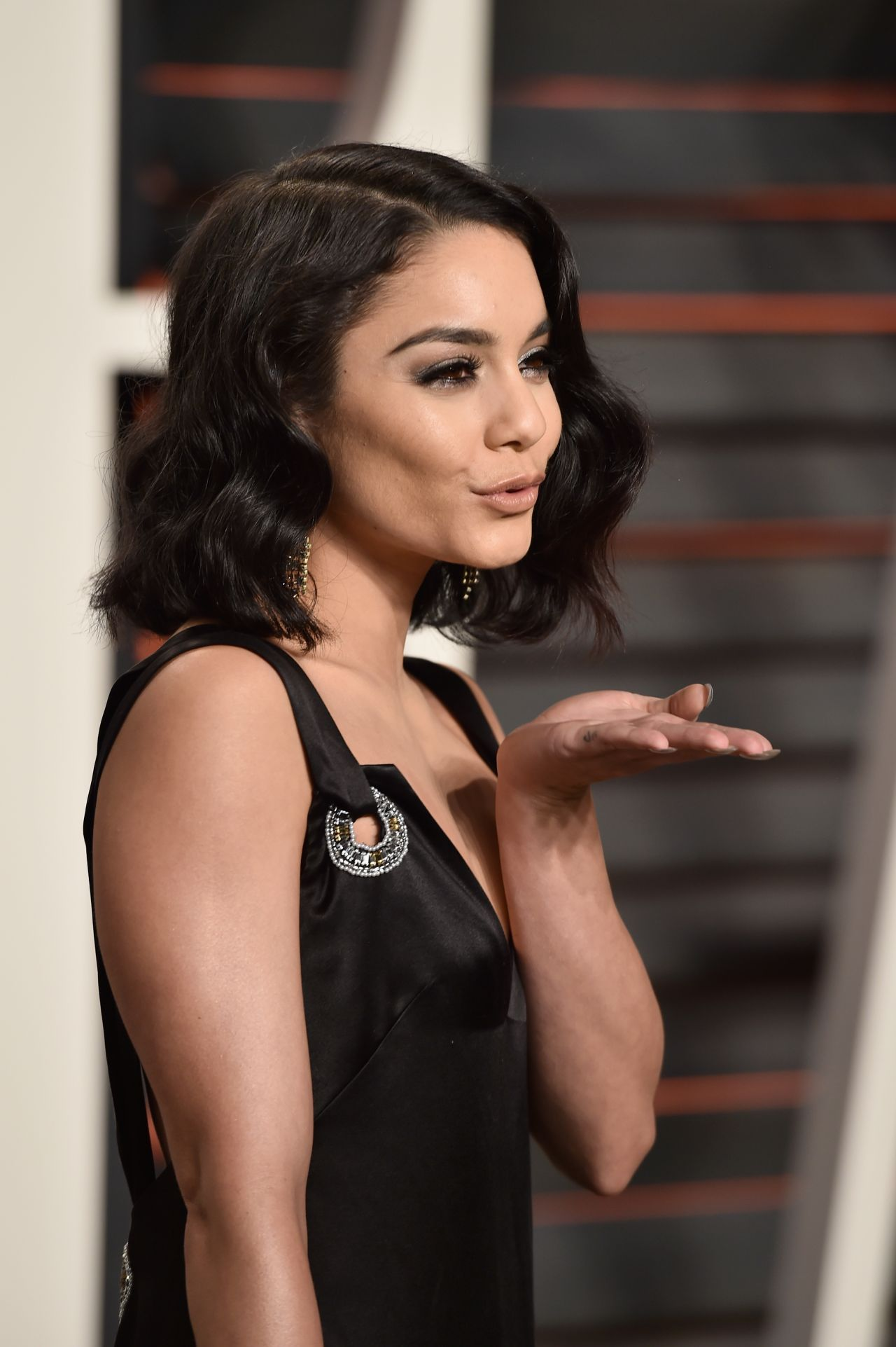 Vanessa Hudgens – 2016 Vanity Fair Oscar Party in Beverly ... Vanessa Hudgens
