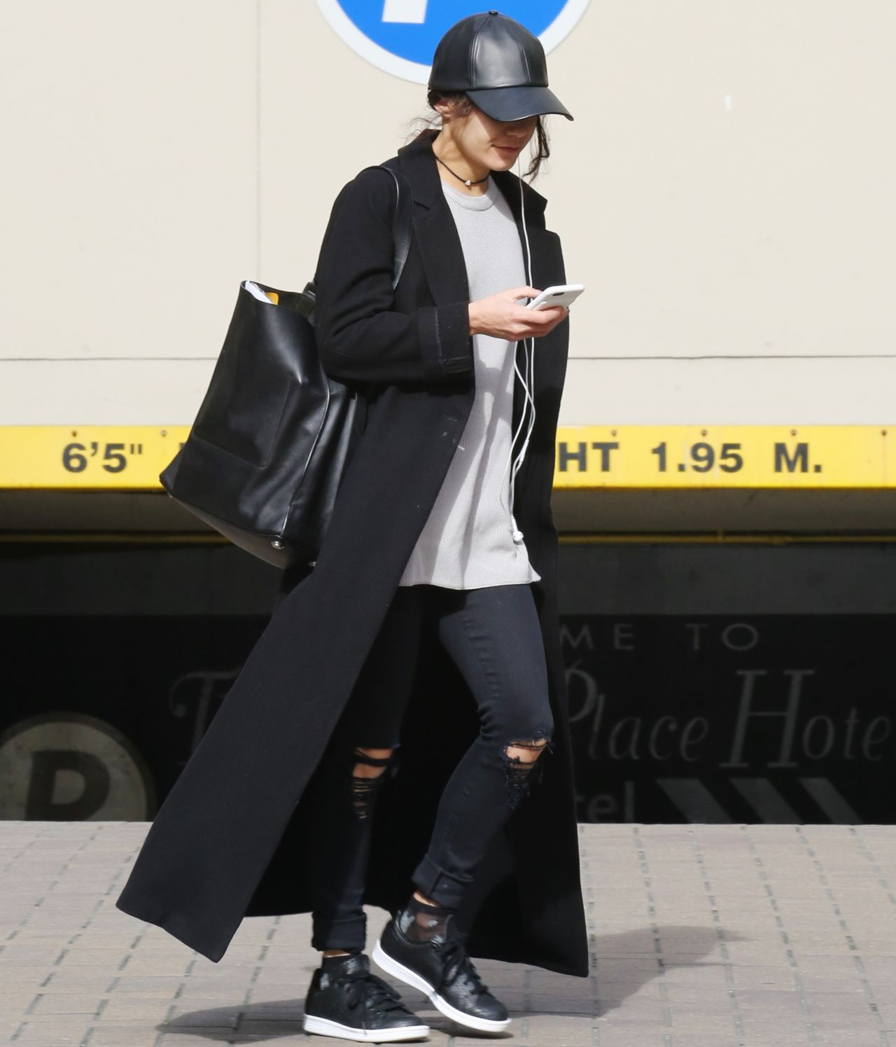 Vanessa Hudgens Street Style Out In Los Angeles 3 20 2016