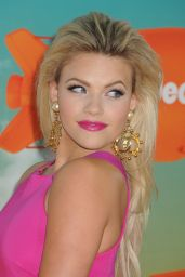 Witney Carson – 2016 Nickelodeon Kids' Choice Awards in Inglewood, CA