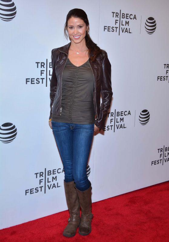 Shannon Elizabeth - The Movie Special Correspondents - 2016 Tribeca Film Festival in New York