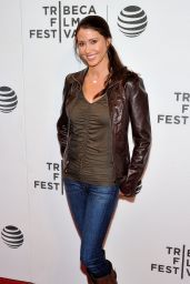 Shannon Elizabeth - The Movie Special Correspondents - 2016 Tribeca Film Festival in New York