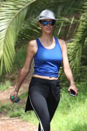 Alessandra Ambrosio - Hiking With Friends in Palisades 4/10/2016