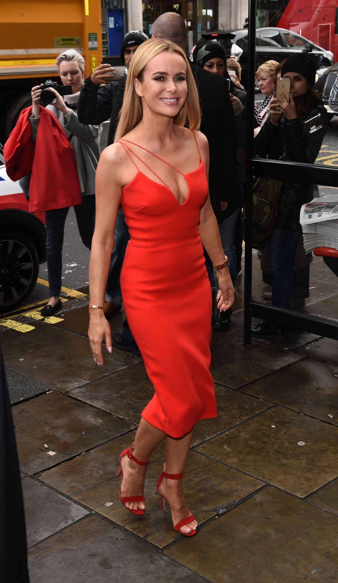 Amanda holden britains got talent naked (52 pics)