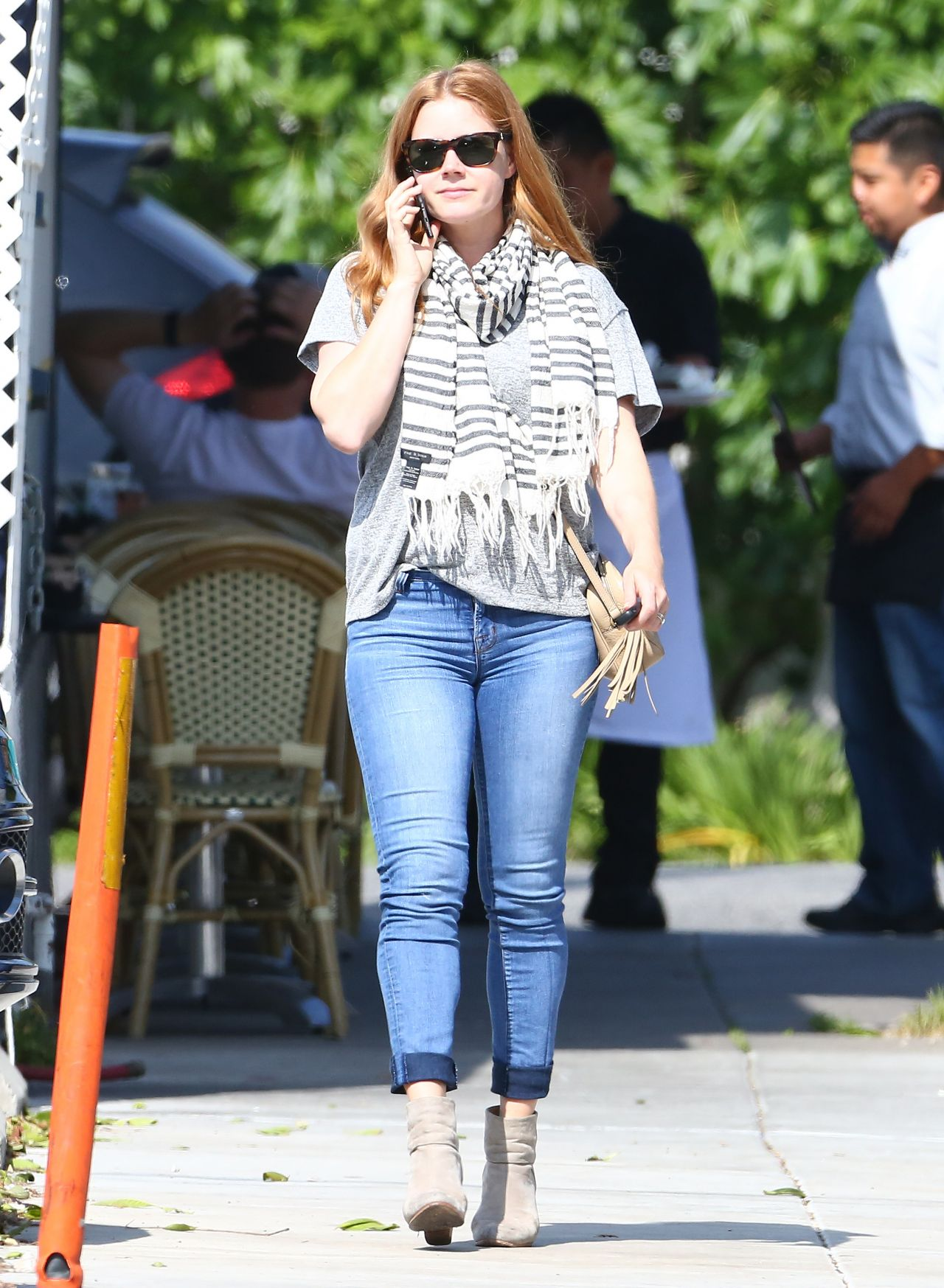 Amy Adams Casual Street Outfit Los Angeles 4 22 2016
