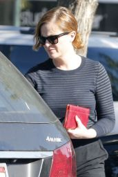 Amy Poehler - Out Grocery Shopping at Bristol Farms in West Hollywood, CA 4/20/2016
