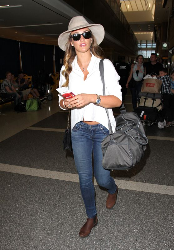 Amy Willerton as She Jets Out of LAX in Los Angeles 4/19/2016