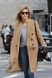 Anja Rubik Casual Style - at Sant Ambroeus Restaurant in New York City 3/31/2016
