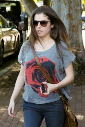 Anna Kendrick Street Style - At Alfred Coffee & Kitchen in West Hollywood 3/31/2016