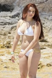 Ariel Winter in a White Bikini - Bahamas, April 2016