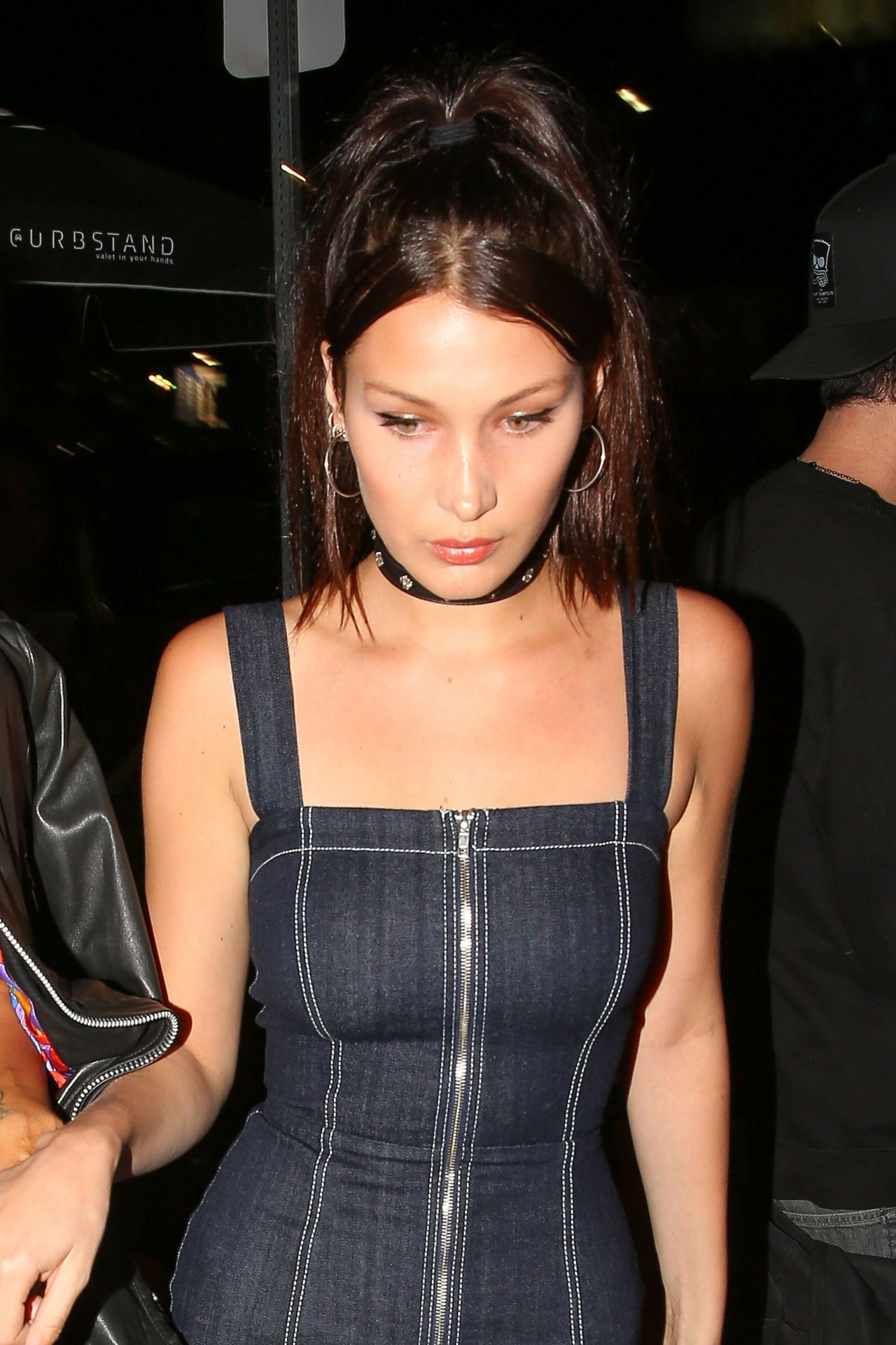 bella hadid night out style west hollywood 4202016