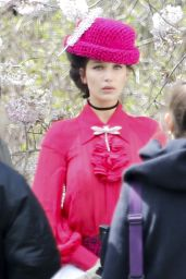 Bella Hadid Photoshoot Set in Central Park, New York City, 4/8/2016