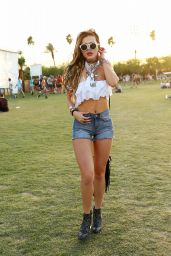 Bella Thorne at Coachella 2016 week 1 day 1 in Indio 4/15/2016