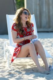 Bella Thorne - Beach in Miami (Part II) 4/7/2016 • CelebMafia